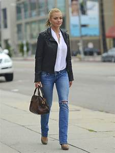 Jaime Pressly in AG Adriano Goldschmied Jeans - Denimology