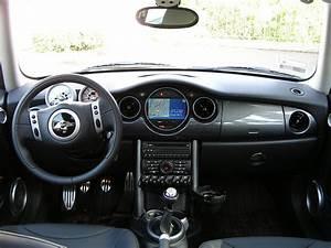 Mini Cooper S 2004 : 2004 mini cooper s interior neufusion flickr ~ Maxctalentgroup.com Avis de Voitures