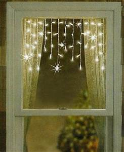 Best Christmas Window Decorations Both Inexpensive And
