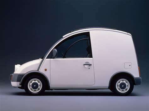 Nissan S-Cargo (1989) is een slak op wielen - Autoblog.nl