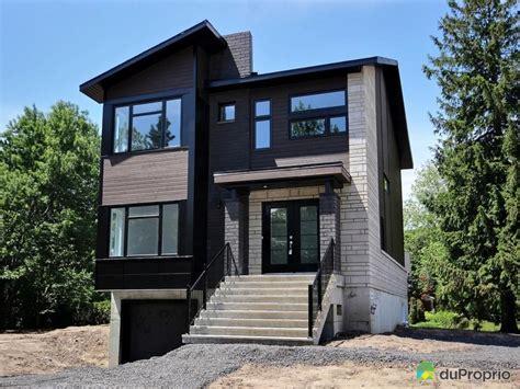 Cottage Unifamilial, 26' X 39' Fini Sur Trois étages, Avec