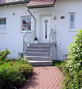 hausbau details dach garagen fassade treppen With markise balkon mit tapeten discount 24