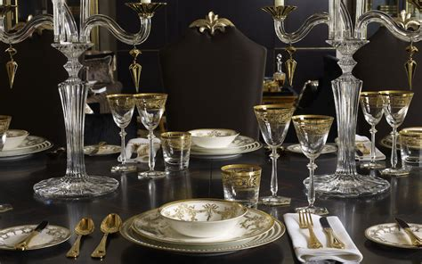 Luxury Christmas Table Setting Ideas Vintage Hutch Cabinet Glass Filing Photo Book Storage Cabinets Unique Doors Garage Ideas Teak File Old Farmhouse Kitchen For Sale