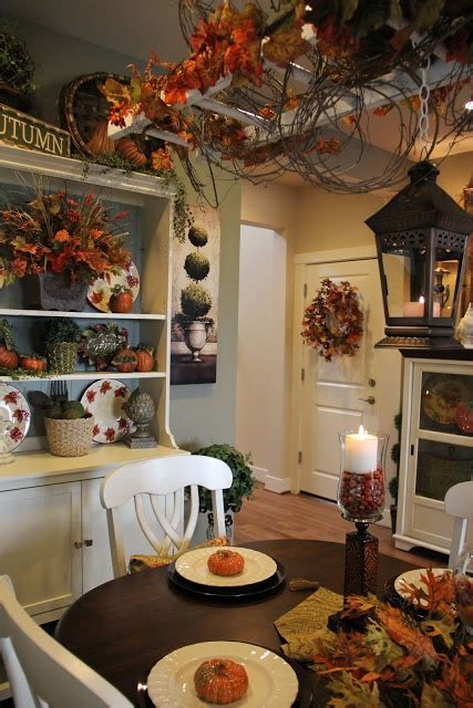 Dining Room Table Decorating Ideas For Fall by 30 Beautiful And Cozy Fall Dining Room D 233 Cor Ideas Digsdigs