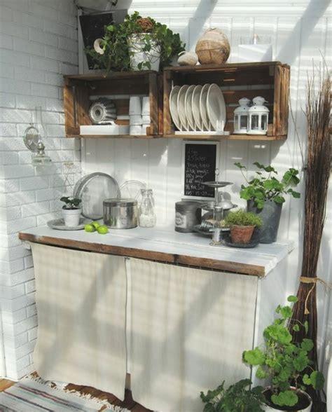 etagere pour livre de cuisine excellent cagette bois etagere dans une cuisine assiettesm