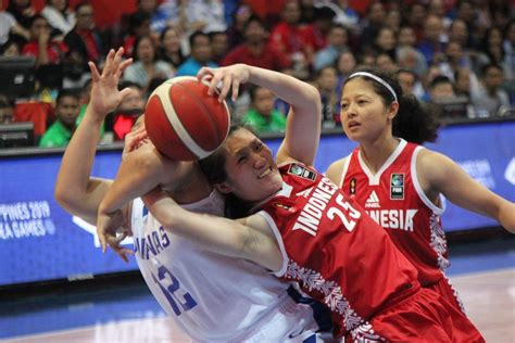 gilas pilipinas womens team beats indonesia  sea games