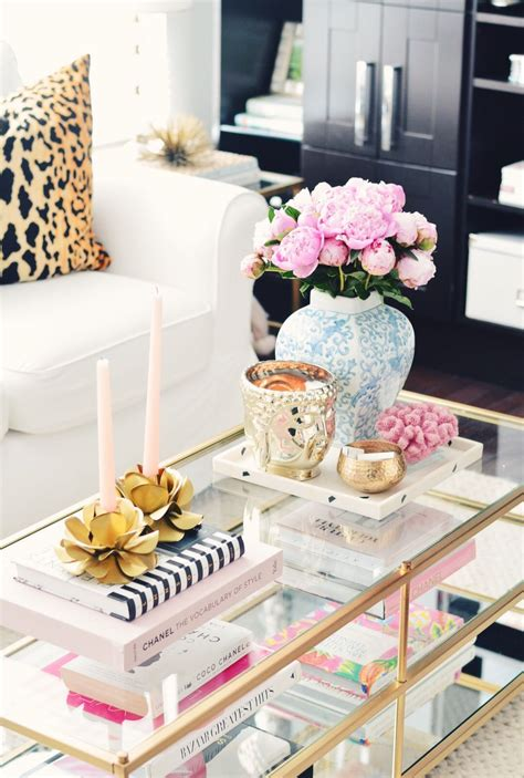 The style of the coffee table is a bit of art. @liketoknow.it http://liketk.it/2rjKe #liketkit | Table decor living room, Coffe table decor ...