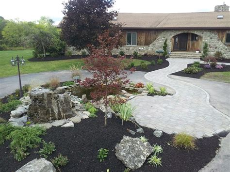 landscaping ideas for circular driveway 18 best images about creative landscaping of circle driveways on pinterest circular driveway