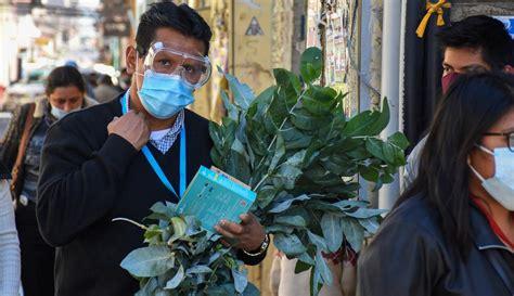 Selain itu, penting untuk memahami bahwa obat herbal dan bahan alami tidak menyembuhkan radang sendi hingga tuntas. FOTO: Berjualan Obat Tradisional di Tengah Memburuknya ...