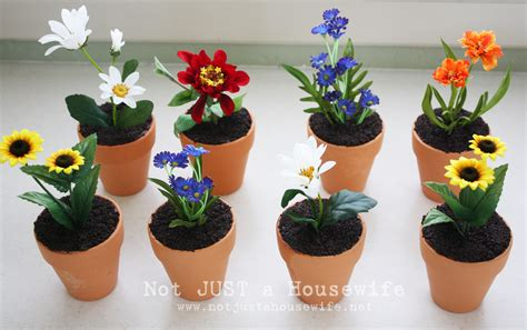 picture of a flower pot flower pot cakes stacy risenmay