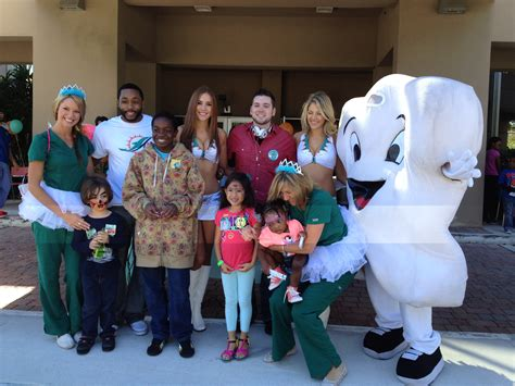 nsu college of dental medicine celebrates gives kids a