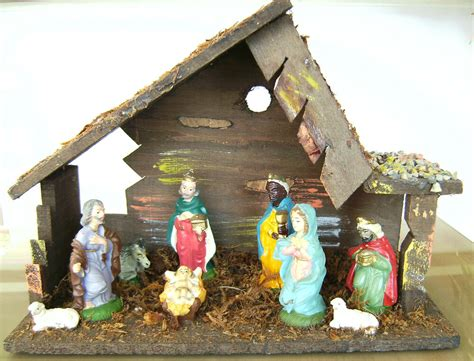 italian nativity creches vintage antique stable creche manger 9 figurines italy nativity ebay