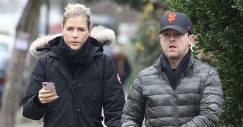 Declan Donnelly looks drawn and pale as he's seen for the ...