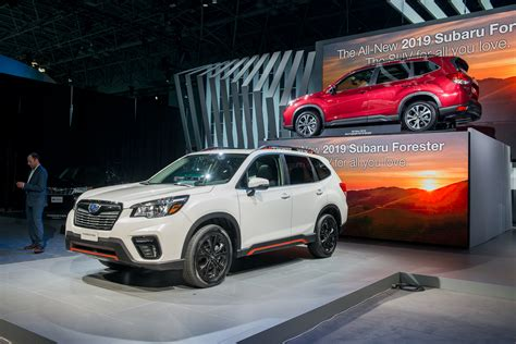 subaru forester 2019 2019 subaru forester grows roomier aims to curb