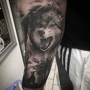 Loup Tatouage Signification : la signification et l 39 histoire du tatouage loup tatouages tattoos pinterest tatouage ~ Dallasstarsshop.com Idées de Décoration