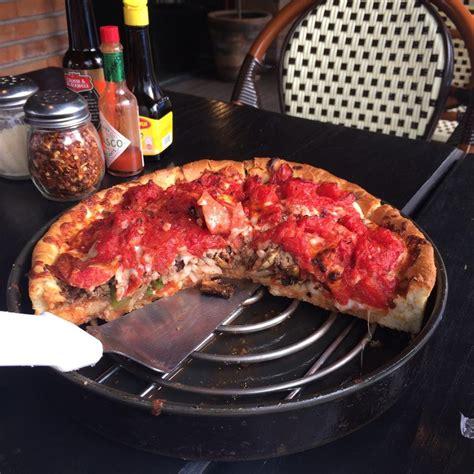 ¿Una tarta de pizza? No, son pizzas estilo chicago ...