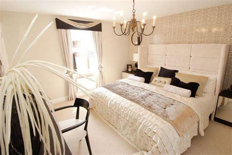 beige  black bedroom white  beige bedroom idea