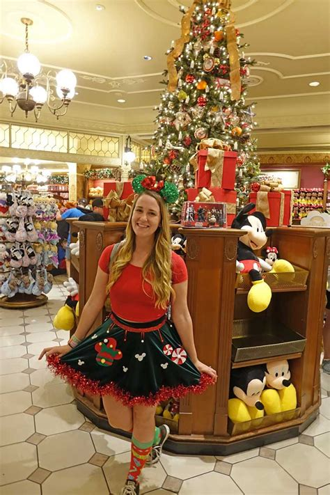 mickeys christmas party guide to mickey s merry 2018