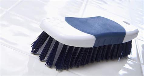 pulire piastrelle come pulire le piastrelle di ceramica marazzi