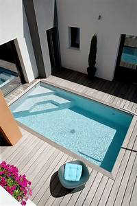 Mini Pool Terrasse : amenager piscine dans un petit espace appartement duplex ~ Michelbontemps.com Haus und Dekorationen