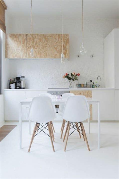chaises de cuisine blanches les 25 meilleures idées concernant chaises blanches sur