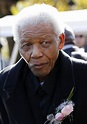 Nelson Mandela back in hospital due to lung infection ...