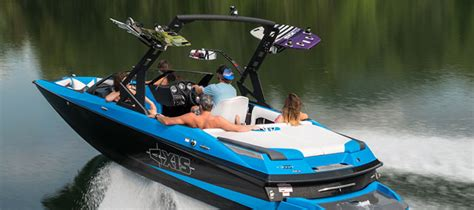 Axis Boats Saltwater by Axis A20 Wakeboarding Wonder Boats