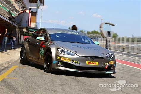Tesla Racing Series by Electric Gt Delays Tesla Based Series Launch