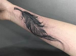 Tattoo Feder Unterarm : feder tattoos entw rfe ideen und bedeutungen ~ Frokenaadalensverden.com Haus und Dekorationen