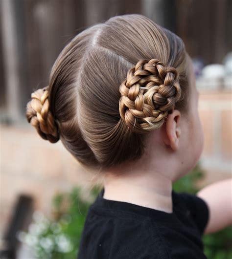 7 prettiest braided hairstyles for flower girls wedding