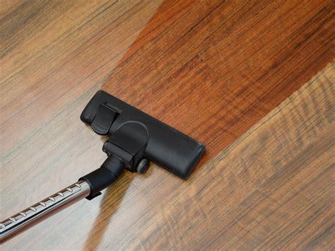 vacuum cleaners for laminate floors best best vacuum for laminate floors 2018