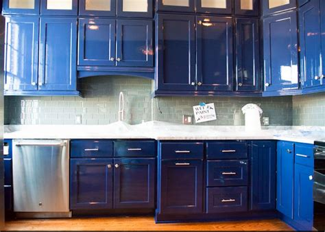 painting gloss kitchen cabinets kitchen cabinets that shine paints of europe 4017