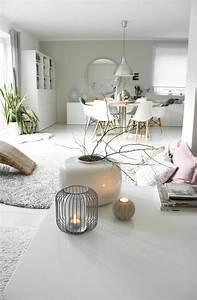 Deko Vasen Für Wohnzimmer : wohnung einrichten tipps 50 einrichtungsideen und fotobeispiele ~ Bigdaddyawards.com Haus und Dekorationen