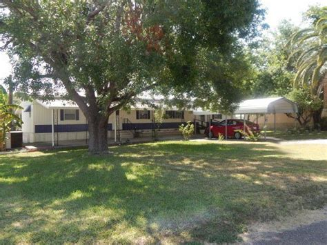 Boats For Sale In Zapata Tx by 187 Olmos St Zapata Tx 78076 Realtor 174