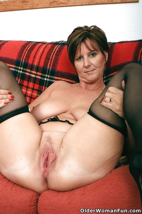 Hot Mature Photos British Granny Joy From Olderwomanfun