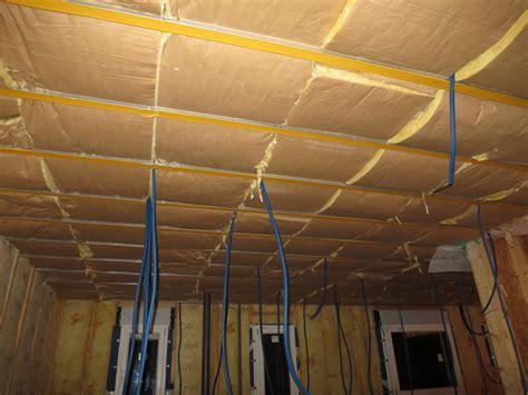 isolation du plafond et pose de la 1 232 re plaque la future maison