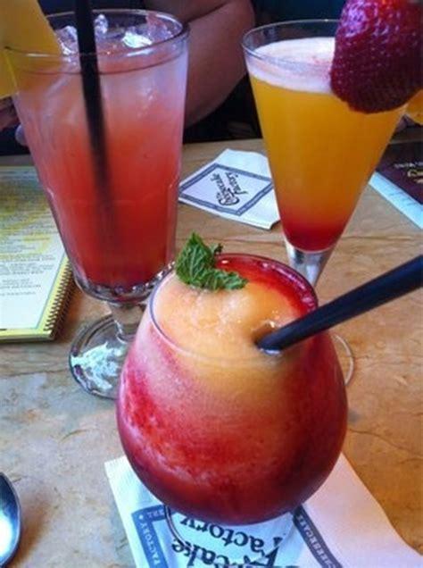 frozen mixed drinks 10 best ideas about frozen alcoholic drinks on pinterest frozen mixed drinks fun drinks
