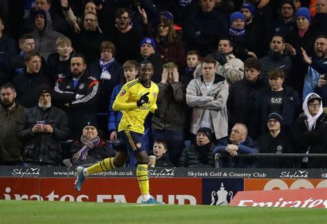 David Luiz explains message to Arsenal's young players ...
