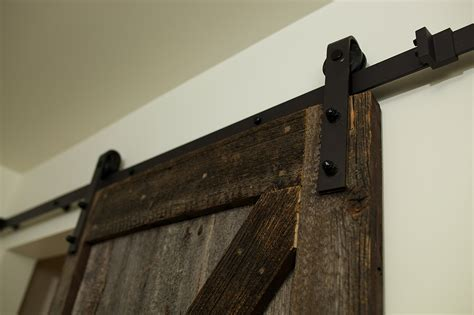 meuble cuisine avec porte coulissante porte de grange coulissante espace bois