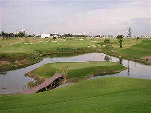 Golf Lounge : riverdale golf club in bangkok thailand golf course bangkok ~ Gottalentnigeria.com Avis de Voitures