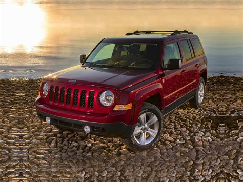 burgundy jeep 2017 new 2017 jeep patriot price photos reviews safety