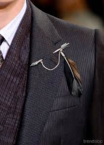 mens boutonniere trend pin it louis vuitton lapel pin fall 2012 men 39 s