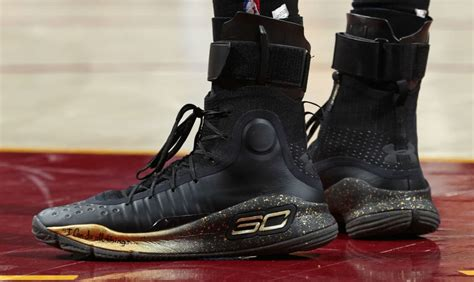 stephen curry  armour curry  blackgold finals pe