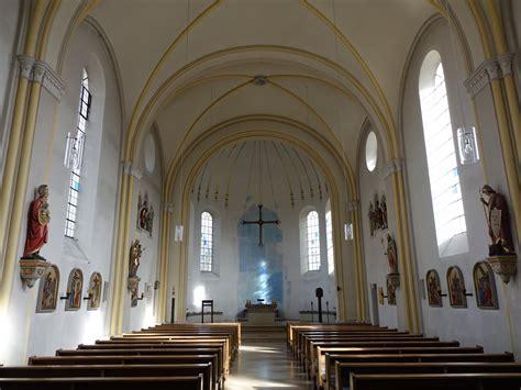 Pfarrheim St Nikolaus In Garching An Der Alz by Garching A D Alz Innenraum Der Pfarrkirche St Staedte