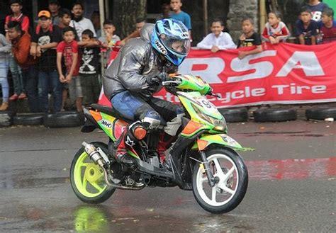 Beat Road Race by Gambar Modifikasi Honda Beat Road Race Otomotiftren