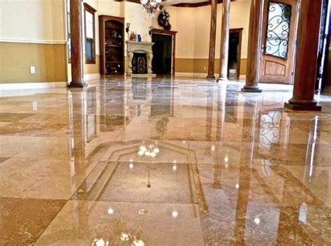 Positif dan Negatif dari Lantai Marmer.   Marmer Granit