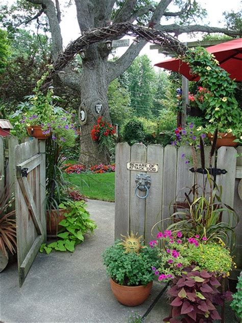 Ideas For The Right Garden Decoration