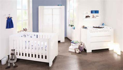 chambre bébé pinolino chambre bebe sky lit evolutif commode à langer armoire