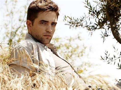 Robert Pattinson - Robert Pattinson Wallpaper (18576586 ...