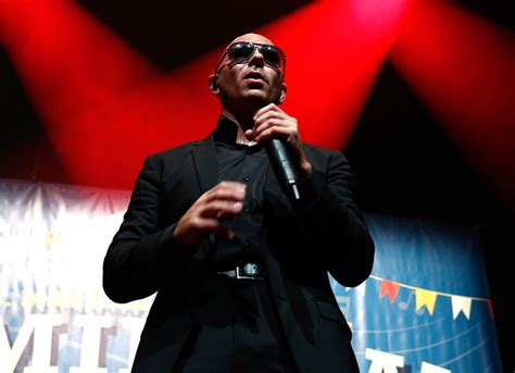 Pitbull Y Carlos Santana Cantarán Juntos Por Primera Vez
